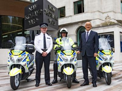 Suzuki Hydrogen Fuel Cell Burgman trialled by Met Police