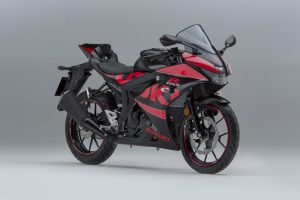GSX-R-Graphics-Kit-Front-Right34