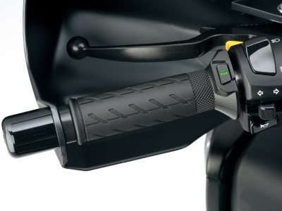 Stay warmer with Suzuki this winter with up to 45% off heated grips