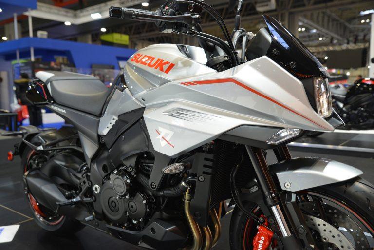 MCL18_Suzuki_91 (1)