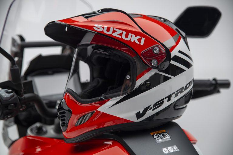 V-Strom_1050XT_Helmet_5