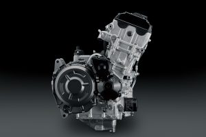 GSX1300RRQM2_engine_2
