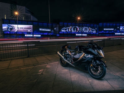 New 'Busa in lights on Cromination digital billboard as Suzuki launches nationwide ad campaign